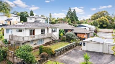 Photo of Te Atatu South Waitakere City House - 3
